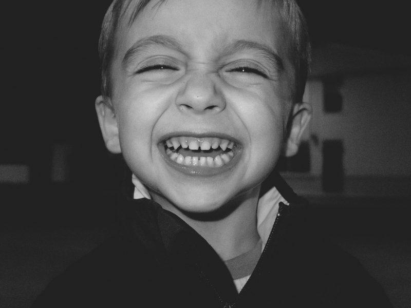 Fotógrafo de familias Recuerdos de familia, familias, fotografía de niños fotos de familia, fotografías de familia, fotos familia valencia, fotografía documental de familia, fotógrafos valencia, fotos de navidad, fotos de navidad valencia, fotos infantiles valencia, fotógrafos de niños valencia, fotógrafo documental de familia, fotografía documental de familia, fotografía diferente de familia, family life stile, documentary family, documentary family photographer, documentary photography, children fineart photography